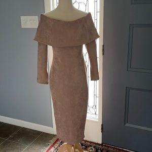 Gorgeous off the shoulder dress.
